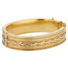 14K Victorian Hinged Bangle Bracelet with Laurel Wreath Design - 18 dwt