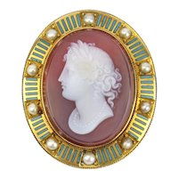 14K Victorian Hard Stone Cameo Pendant / Brooch