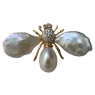Estate 14kt Freshwater Baroque Cultured Pearl and Diamond fly Pin/Pendant..Very Nice Quality