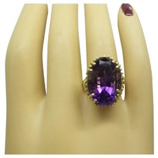 1960s Estate Solid 14kt Fine Oval Faceted Natural 12 Carat Amethyst Ring...Very Nice