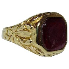 Antique Victorian Carnelian Intaglio Mens Ring 18K Gold Man Signet Estate 1910