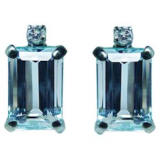 Small Aquamarine Diamond Earrings 18K White Gold