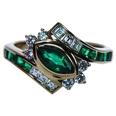 Vintage 18K Gold Asscher Diamond Colombian Emerald Ring Designer Signed