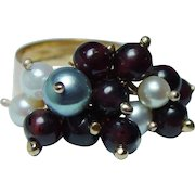 Vintage Dangling Garnet Beads and Genuine Cultured Pearls Ring 18K Gold Heavy Estate