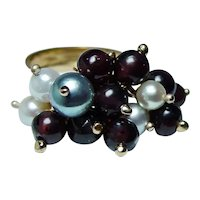 Vintage 18K Gold Dangling Garnet Pearl Ring Heavy