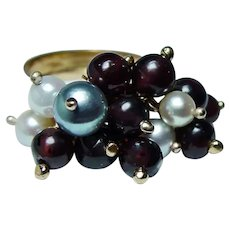 Vintage 18K Gold Dangling Garnet Pearl Ring Heavy