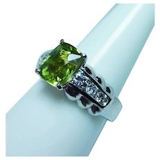 Cushion Peridot Diamond Ring 14K White Gold Heavy VS-FG