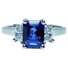 1.7ct Sapphire Trapezoid Diamond 18K White Gold 3 Stone Ring Martin Flyer