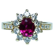 Vintage Gem Ruby Diamond Halo Ring 18K Gold High Quality