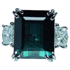 Vintage 18K White Gold Indicolite Blue Tourmaline Shield Diamond 3 stone Ring Estate GIA