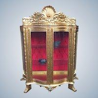 Unique vitrine/showcase made in Louis XVI style.