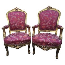 pair of two chairs in louis XVI style