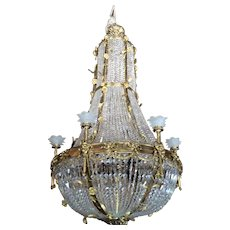 Special very big chandelier in Louis xvi style