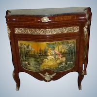 Single stunning chest of drawer in Louis xvi style