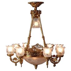 Stunning Chandelier Louis XVI-style Gilded Bronze with Decorated Glass