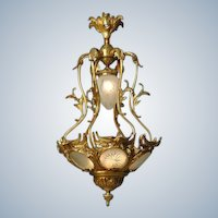 Beautiful Louis XVI Chandelier Gilded Bronze and Hand-Cut Glass