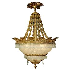 Louis XVI style chandelier gilded Bronze and Crystal