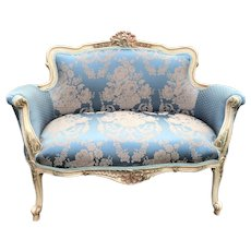 French Louis XVI Style Settee in Silk cotton Damask.