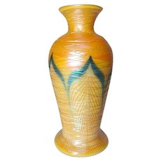 Durand Art Glass, Pulled Feather, Spider Webbing Tapered Shoulder Vase, Nice