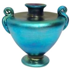 Tiffany Blue Favrile Squat Grecian Urn Vase w Ribbed Scroll Handles, Very Nice