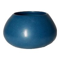 Marblehead Pottery, Tapered Squat Blue Vase, Planter, Marblehead Blue