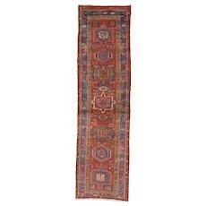 Persian Heriz Narrow Runner , Oriental Rug , Heriz District , Northwest Persia circa 1920 , 9.10 x 2.9