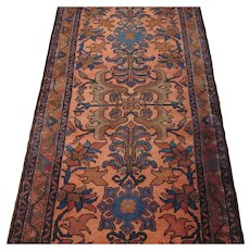 Antique Lilian Runner Oriental Rug , Western Persia , Early 20th Century , 9.6 x 2.8