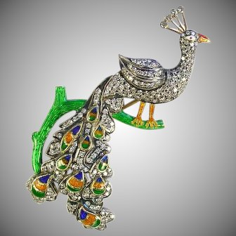 Stunning 18k Gold Enamel 1.80 Carats Diamond Peacock Brooch
