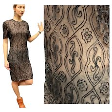 ***** VINTAGE SALE ***** 80s does 20s FLAPPER REVIVAL Black/Nude DECO Beaded india silk Dress - 1980s Glam!
