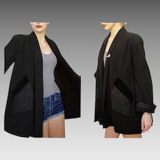 Vintage 40s WWII ERA Black Wool/Soustache/Velvet SWING Coat Jacket - 1940s with 20s Art Deco Fur Clip