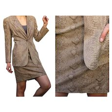 ******* VINTAGE SALE ****** $1900  UNGARO 100% Lamb skin Snake print jacket/skirt Suit - 1990s