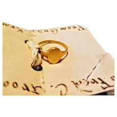 UNUSED! Vintage ANTIQUE Edwardian 14kt GOLD Child/Toddler Signet Ring - c. 1911