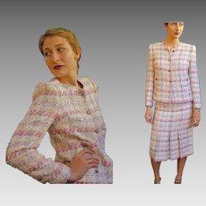 Unused Old Stock:   Vintage 80s NEIMAN MARCUS Made in FRANCE Wool Tweed Boucle' jacket/skirt/Suit