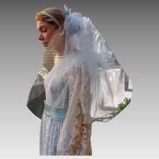 TRUE VINTAGE 50s/60s Baby Blue short hippie mod ELBOW Wedding Veil