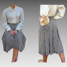 "GIVENCHY HISTORY: Vintage 80s ""Nouvelle Boutique"" France b/w Car Wash PLEAT Knee Skirt - 1980s Extra Small"
