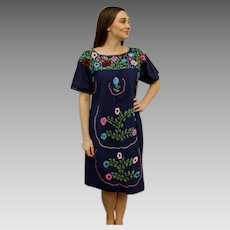 AUTHENTIC 70s YARN-EMBROIDERED Vtg Mexican Oaxacan boho festival Dress - 1970s (One Size)