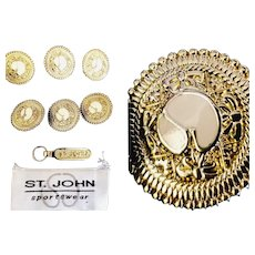 Authentic Lot of 6 Vintage ST JOHN COLLECTION Logo Goldtone Buttons ( + Zipper Pull !!!! )