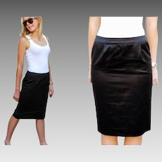 "Vintage YVES SAINT LAURENT 80s ""Rive Gauche"" Black Shiny Cotton Black Skirt - 1980s (Small)"