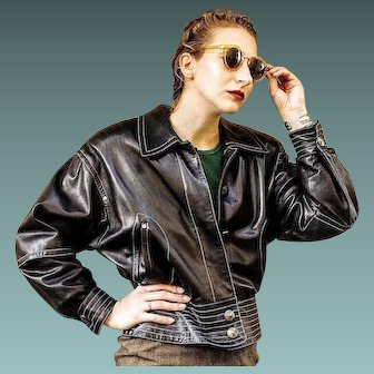 Vintage 80s LAUREL/ESCADA black LEATHER & Silver Grommet Moto Jacket Coat - 1980s (Extra Small/Small)