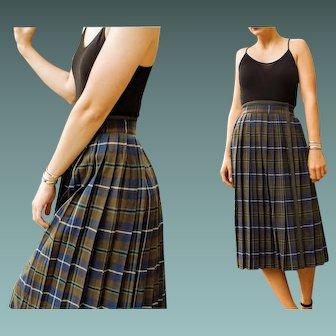 Vintage YVES SAINT LAURENT Schoolgirl Plaid Wool Wrap Skirt - 1970s/1980s (Extra Small)
