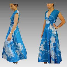 Vintage LIBERTY HOUSE HAWAII Blue/White 60s/70s Maxi Dress - Rare Wrap Version!