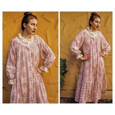 1 OF A KIND Vintage 1970s Victorian Renaissance VOILE & LACE Dressing Gown Dress --- 1 SZ