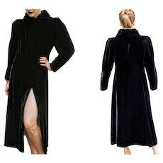 EXQUISITE Vintage 1940s Black Velvet frock long goth OPERA COAT (Extra Small - Medium)
