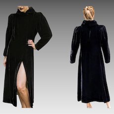EXQUISITE Vintage 1940s Black Velvet frock long goth OPERA COAT (Extra Small - Medium)