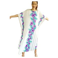 1970s ROYAL CREATIONS Vintage boho Hawaiian festival Kaftan Caftan Dress - 1 SIZE FITS MOST