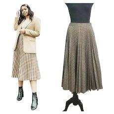 AUTHENTIC Vintage 1970s JAEGER Pleated Plaid wool Midi Skirt