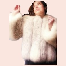 STUNNING Vintage 1970s/80s Arctic FOX Fur Jacket Coat - Bell Sleeves!