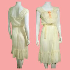 ROMANTIC Vintage 1970s Cotton Gauze/Lace Peasant Dress