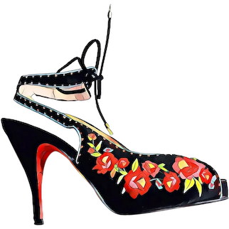 Vintage BETSEY JOHNSON Embroidered Satin Heels Strappy Shoes