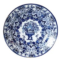 Dutch De Klauw Delft Blue and White Urn and Flowers Pottery Charger